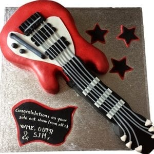 GUITAR CAKE